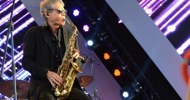 Saxophonist David Sanborn Does't Let Genres Define Him